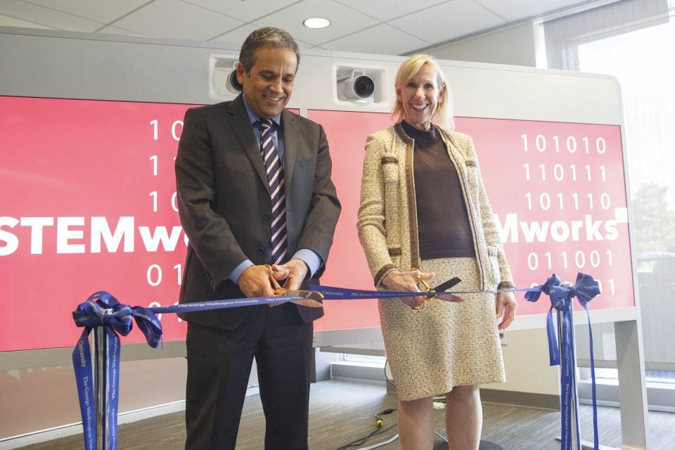 Provost Forrest Maltzman and Dean of Libraries and Academic Technologies Geneva Henry cut the ribbon on STEM Works