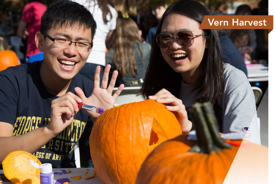 Pumpkin carving at the Vern Harvest